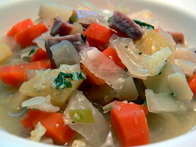 Grießklößchen-Gemüse-Suppe