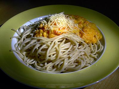 Spaghetti mit Möhren-Rahm-Sauce